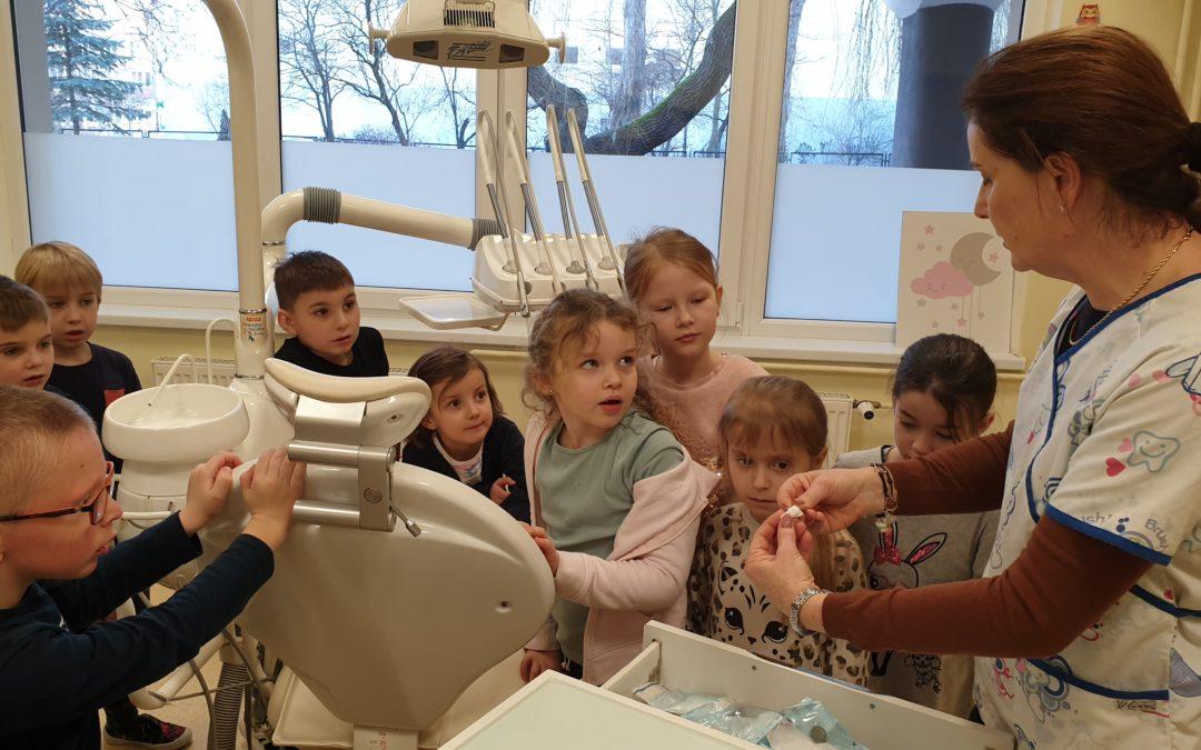 Wizyta u szkolnego stomatologa
