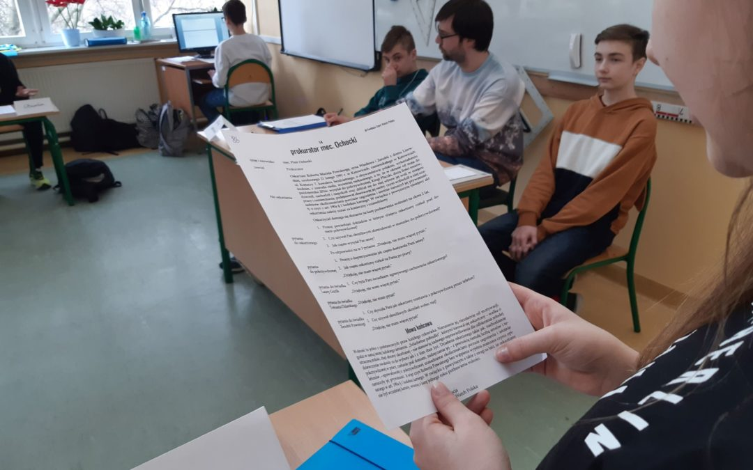 Symulacja rozprawy karnej na lekcji wiedzy o społeczeństwie