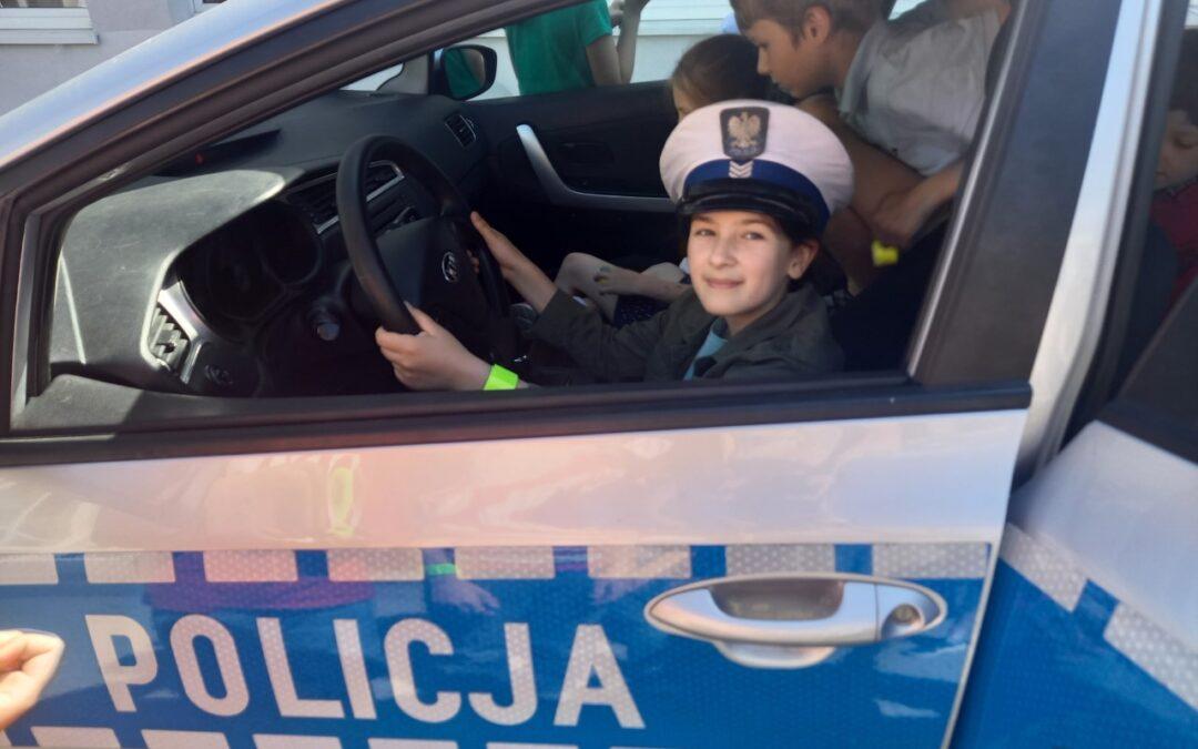Panowie policjanci gośćmi na lekcjach!